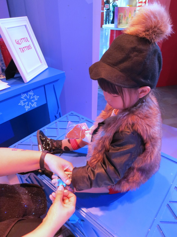 glitter tattoos, target party, target event, , popup, nyc popup, target popup, holiday popup, popup,s