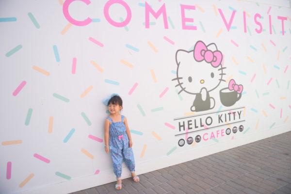 hello kitty cafe california, irvine spectrum, irvine spectrum hello kitty