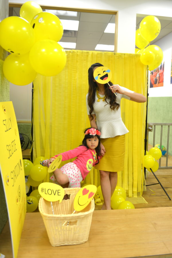 photo booth, emoji photo booth, emoji props, selfie station, how to make emoji props