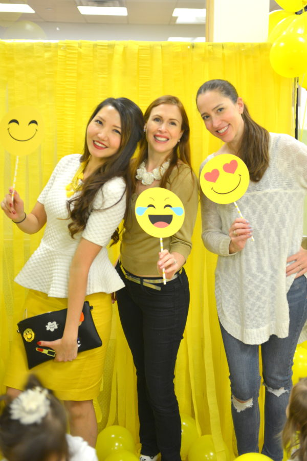 emoji party ideas, emoji party entertainment, emoji party decor, happy hour, nyc moms event