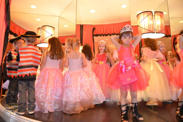 party ideas for girls, princess parties, eloise at the plaza, eloise shop at the plaza, eloise party at the plaza