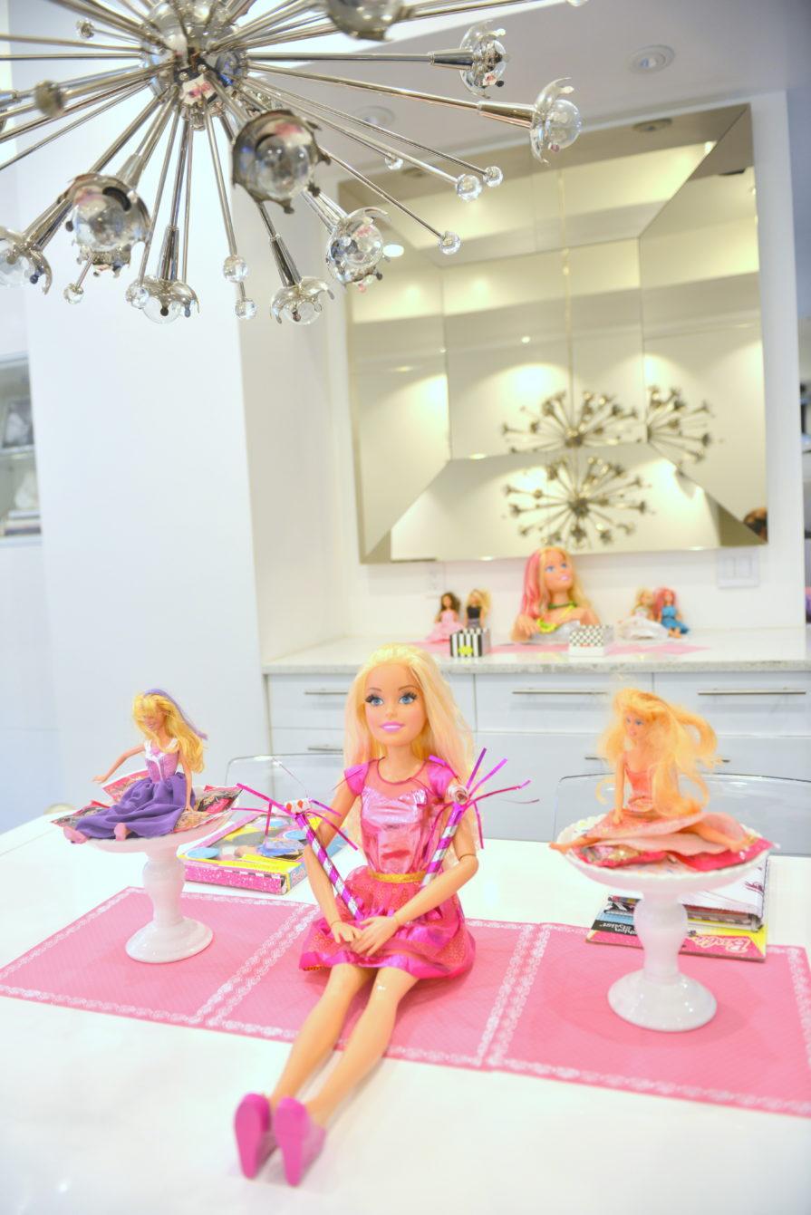 barbie party ideas ,barbie birthday party ideas, barbie styling head, giant barbie doll
