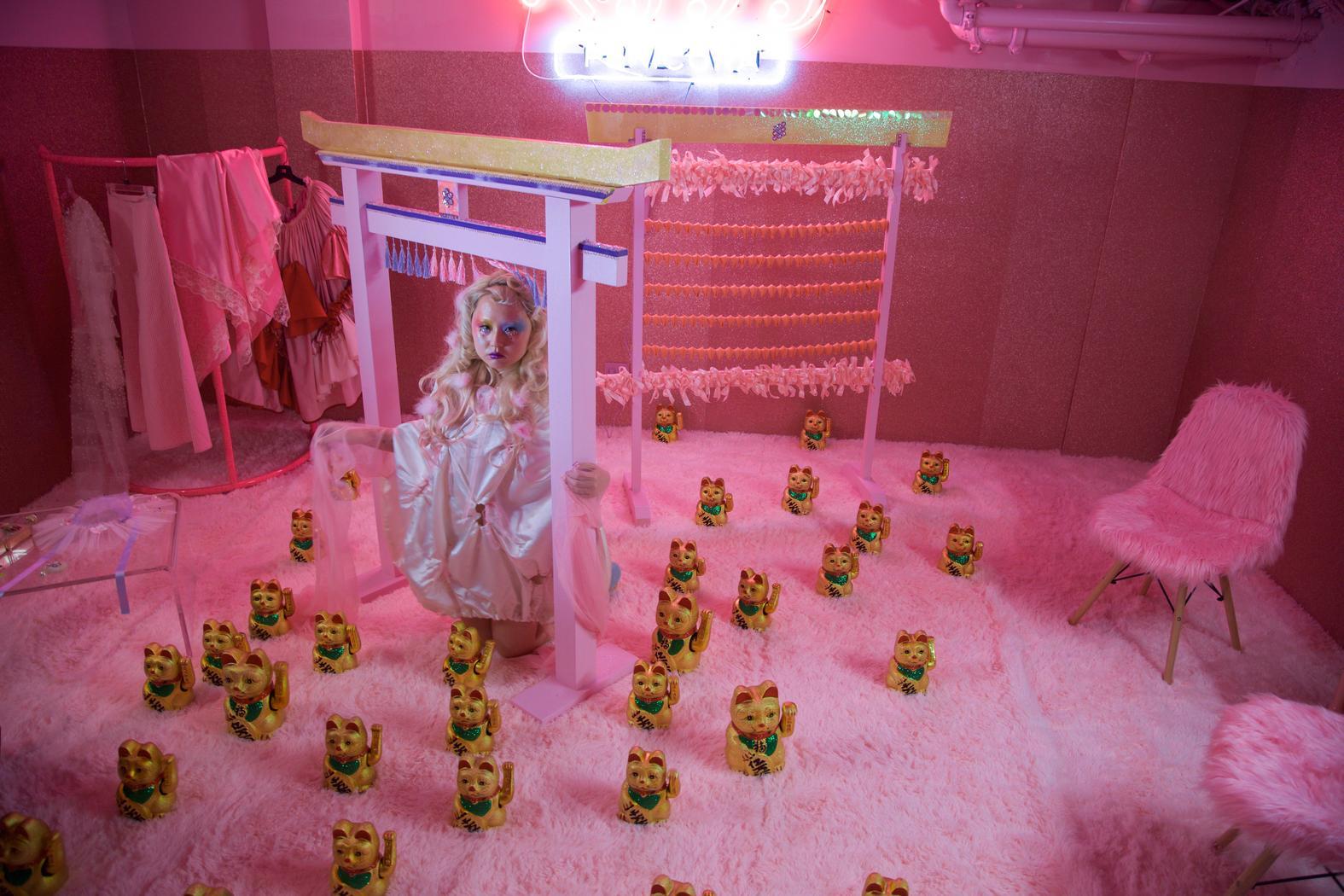 nyc art installation, nyc pop up, alice gao, pink room pink party, pink art, harajuku girl
