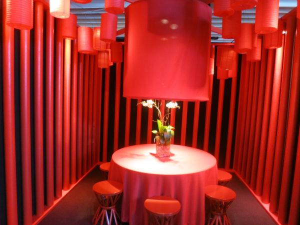 modern dining table, modern dining, dining room decor, diffa, dining by design 2018, dining by design, diffa 2018