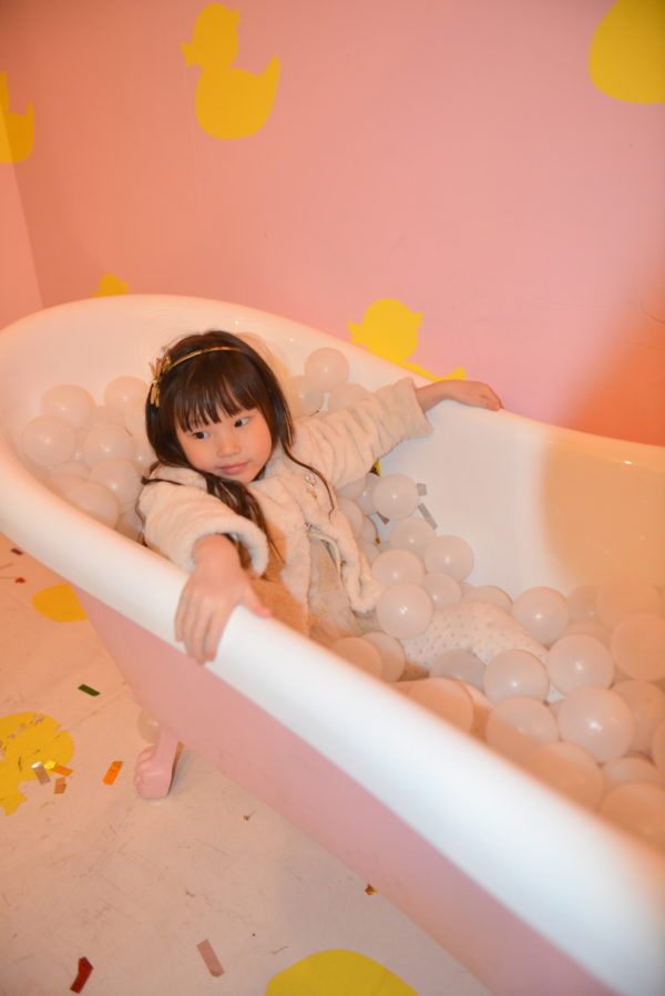 pink bathtub, millennial pink, ball pit, nyc popups, instagramable nyc