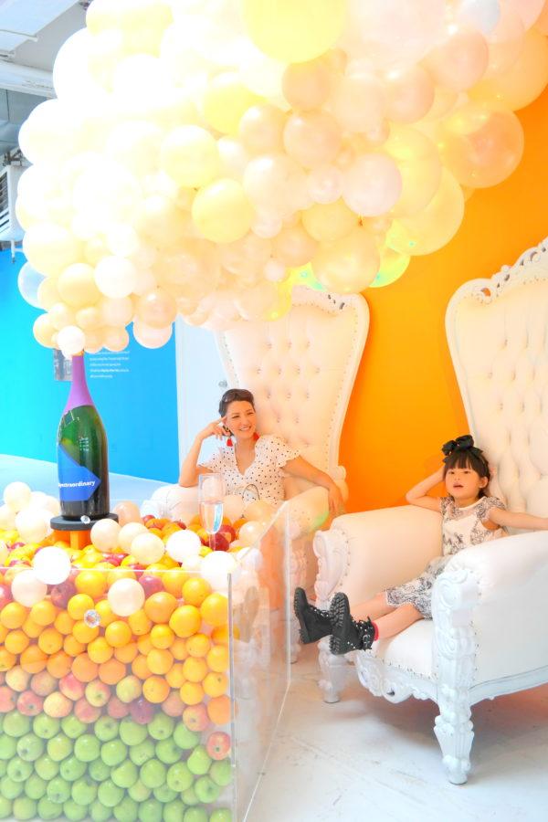 paypal pop up, paypal nyc popup, balloon art, balloons, nyc popup, soho popup