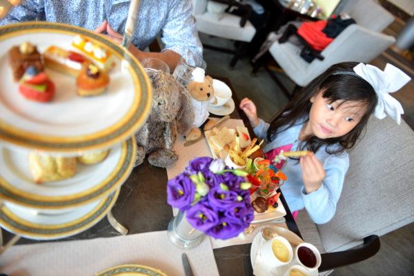 peninsula afternoon tea review, afternoon tea at the peninsula hotel chicago, peninsula hotel tea