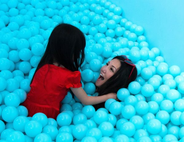 the color factory, popup, nyc popup, ball pit, ball pits