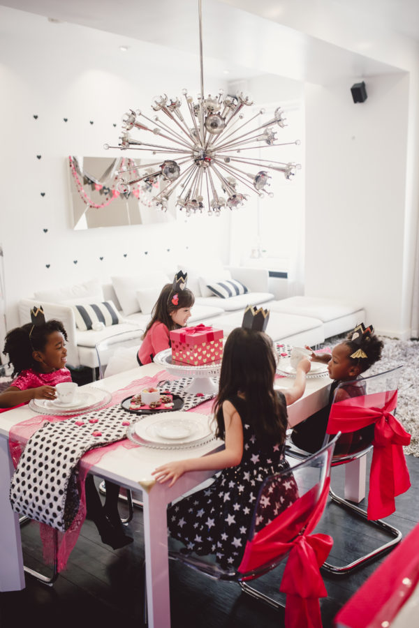 fuschia black and white party, kate spade party, valentines party, valentine's party ideas, valentines kids party, galentines kids party, galentines party